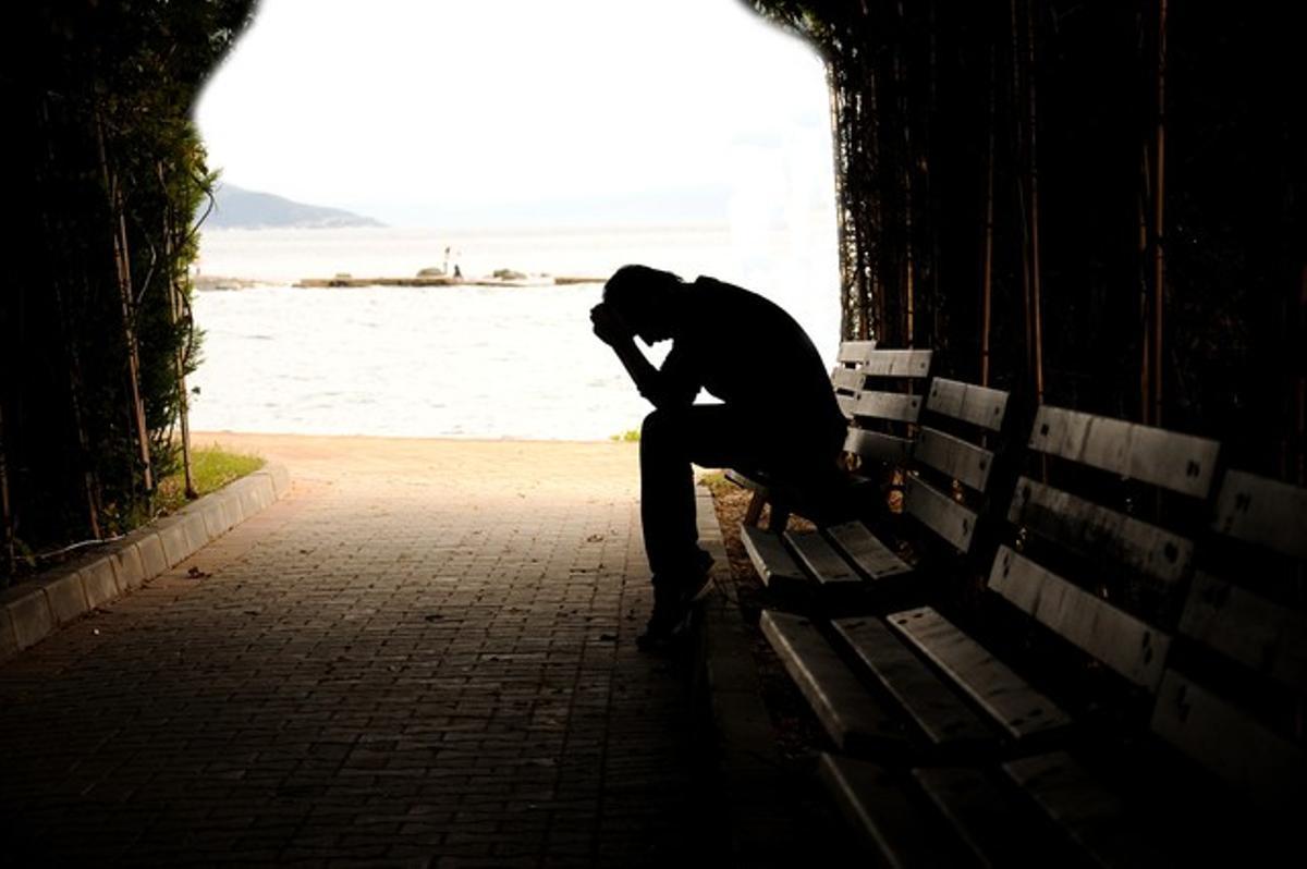 Las muertes por suicidio crecen el 10% en Catalunya