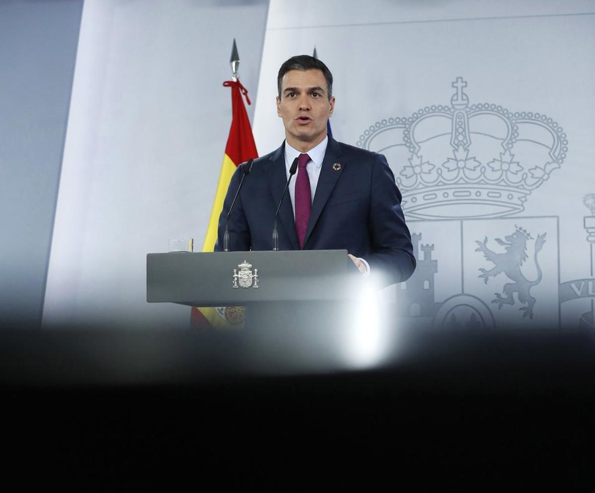 El presidente del Gobierno, Pedro Sánchez, durante su comparecencia en la Moncloa tras la cumbre telemática del G-20, este 22 de noviembre.