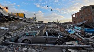 """""""Tinc el meu fill a la zona del terratrèmol i trucar al consolat no m'ha servit de res"""""""
