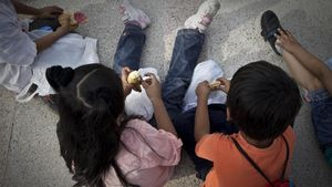 Gairebé 147.000 menors migrants viuen a Espanya sense papers, segons Save the Children