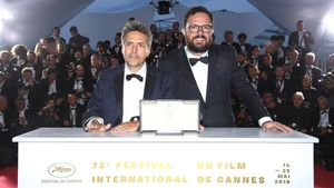 Kleber Mendonça Filho y Juliano Dornelles, el año pasado tras ganar el premio del jurado en Cannes.