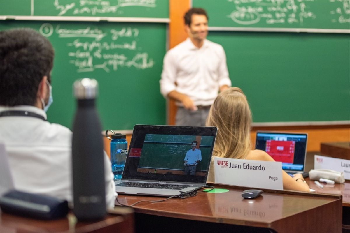 Una clase en la escuela de negocio IESE de Barcelona.