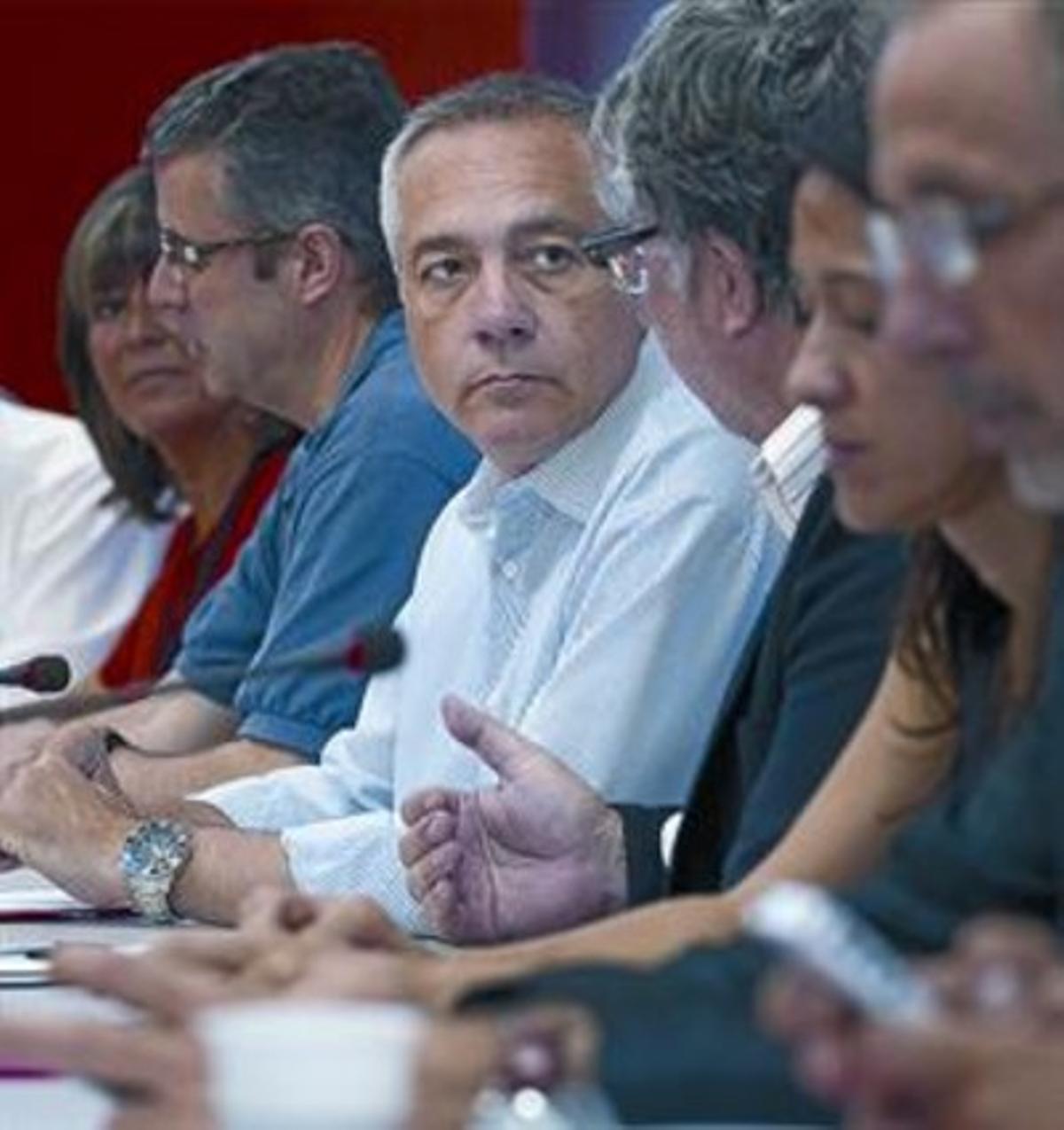 Última reunión de la ejecutiva del PSC antes de la pausa veraniega.