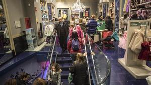 Els comerços catalans podran obrir aquest diumenge