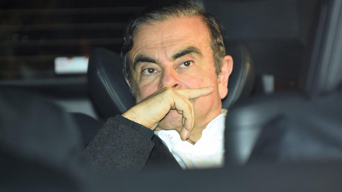 Carlos Ghosn abandona de nuevo la cárcel de Tokio bajo fianza.