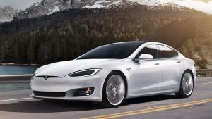 Tesla retirará del mercado chino 30.000 vehículos