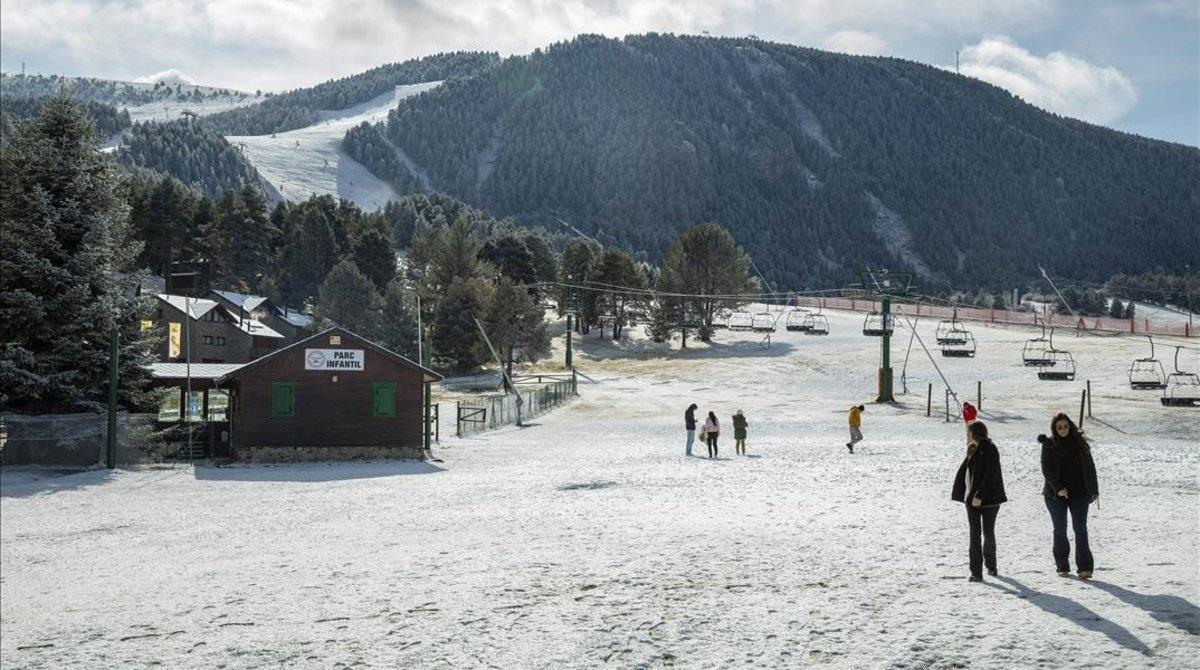 Una de las pistas de la estación de La Molina, en una imagen de noviembre del pasado año.