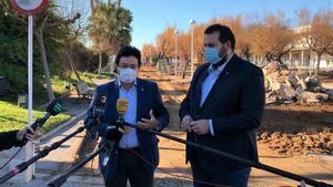 El alcalde de Mataró, David Bote, y el secretario de Infraestructuras y Movilidad y presidente del Consorcio Puerto de Mataró, Isidre Gavín.