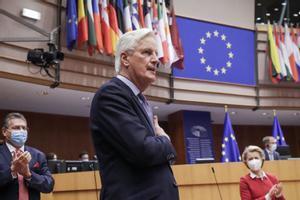 La Eurocámara cierra otro capítulo del Brexit al ratificar el acuerdo con el Reino Unido. En la foto, Michel Barnier, en el Parlamento Europeo en Bruselas.