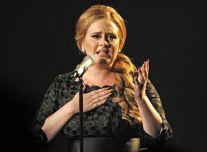 La cantante británica Adele, la gran favorita a los Grammy.