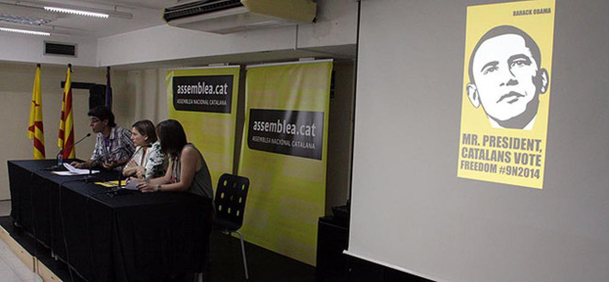 Carme Forcadell durante el acto de presentación de la campaña