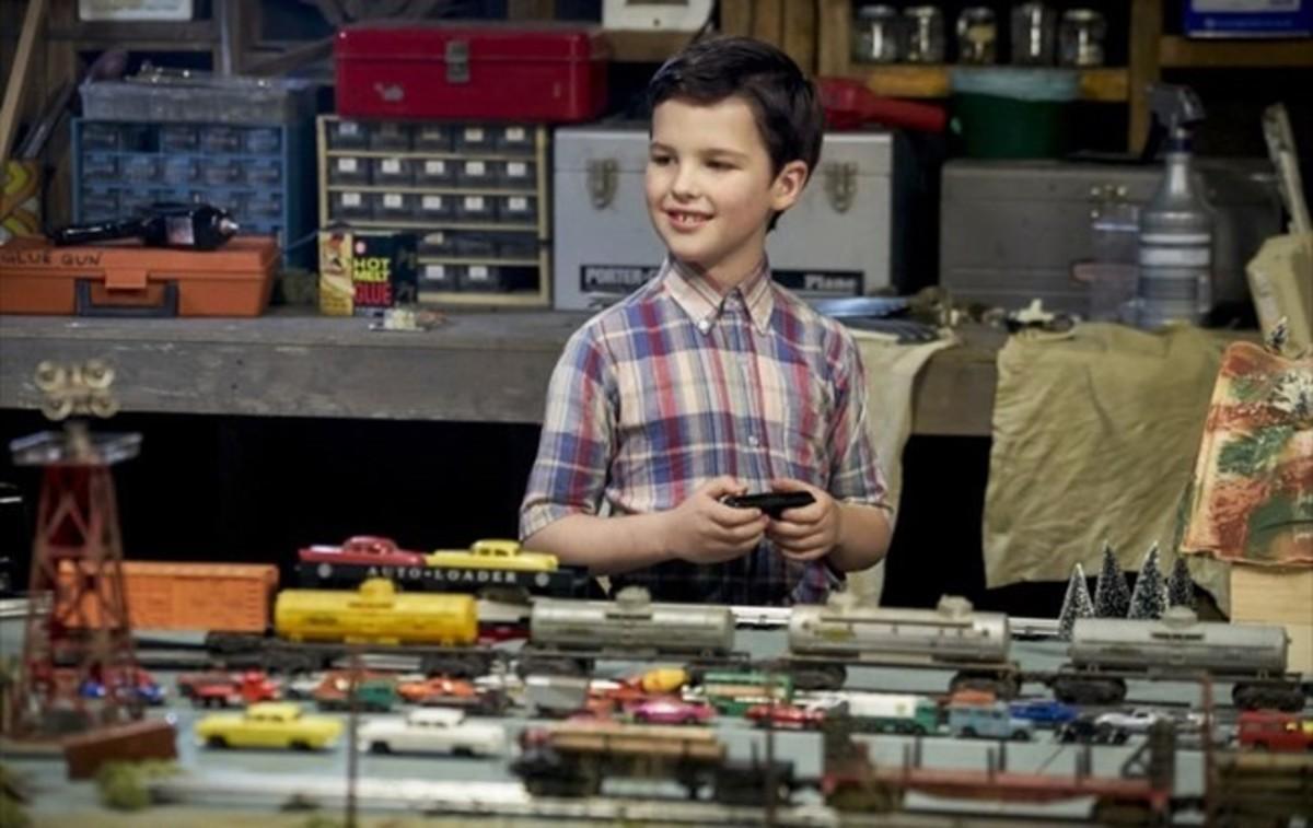 El joven actor Ian Armitage encarna al personaje de Sheldon Cooperen su infancia,en la nueva serie 'Young Sheldon'.