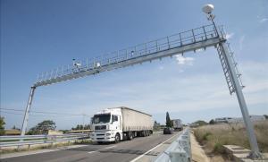 Radar de tramo situado entre Sant Carles de la Rapita y Amposta en la N-340.