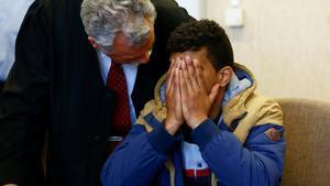 Farouk B., durante el juicio por agresión sexual en la Nochevieja de Colonia en el que ha sido absuelto.