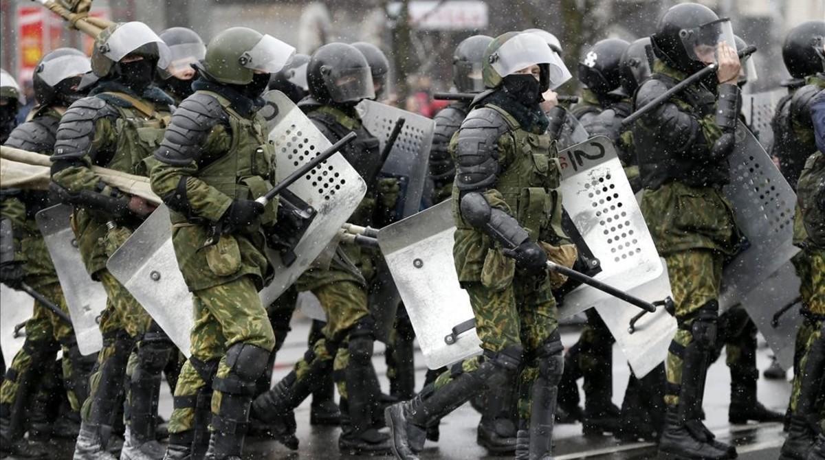 Antiavalots de Portland renuncien en bloc després d'una acusació a un agent