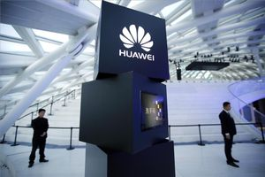 Logotipo de Huawei en Pekín.