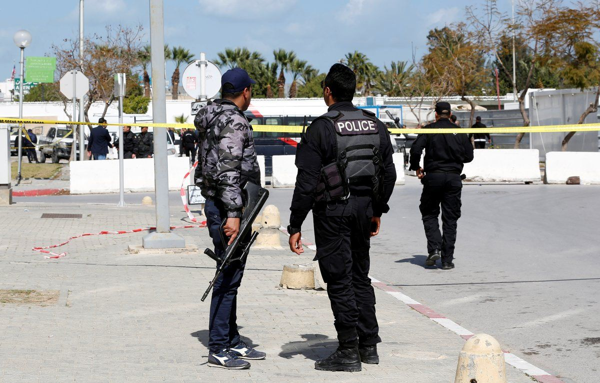 Members of security forces stand guard at the site of a suicide attack near the U.S. embassy in Tunis, Tunisia March 6, 2020. REUTERS/Zoubeir Souissi