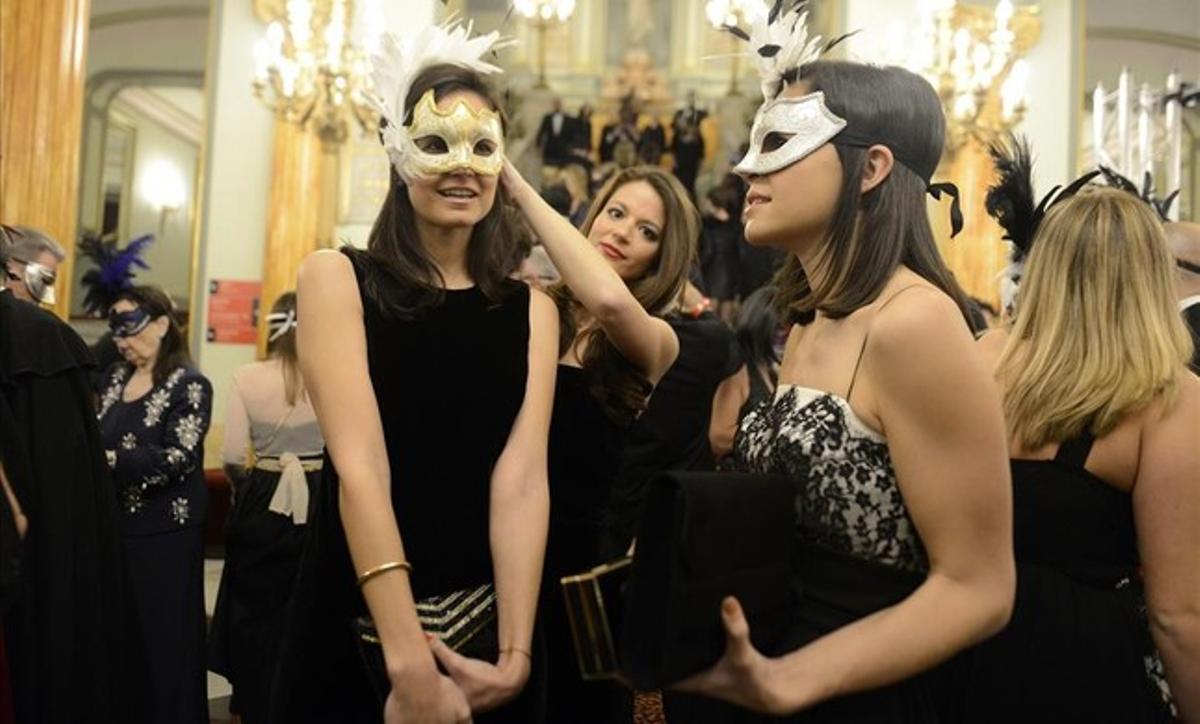 Ball de màscares al Liceu