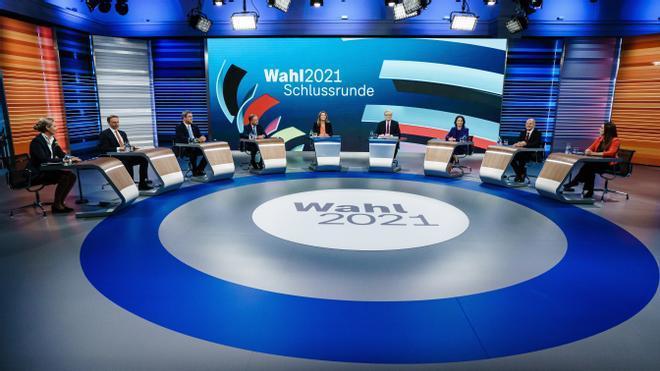 Los candidatos de los principales partidos en liza en las elecciones federales de este domingo en Alemania en el último debate de televisión.