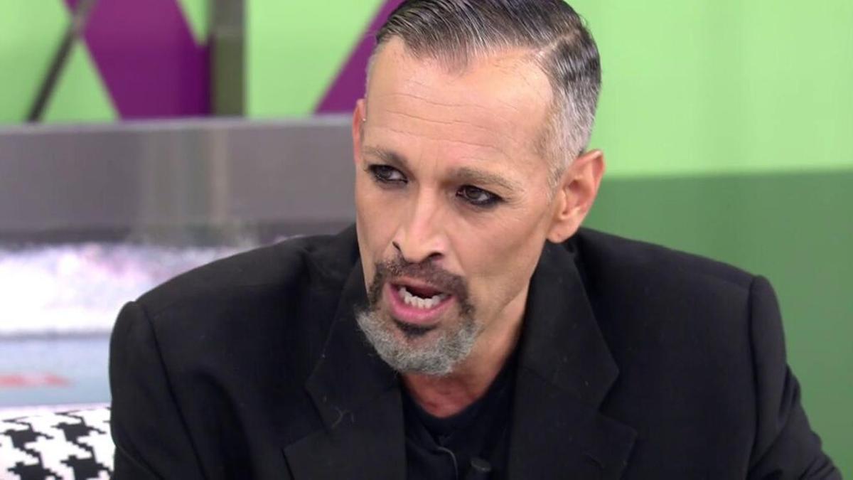 Josep Ferré imita a Miguel Bosé