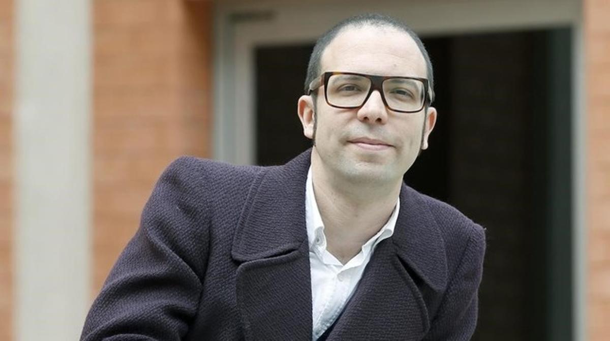 El periodista Albert Forns ha ganado hoy el primer Premi Llibres Anagrama.