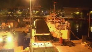 Detingut un lladre que robava material als pescadors de Barcelona