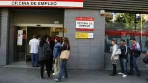 Colas en las oficinas del SEPE en Madrid (antes de la pandemia).