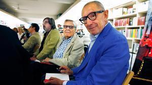 Manuel Trallero y el exfiscal Carlos Jiménez Villarejo, durante la presentación del libro del primero, 'El bolso de Mariona Carulla'.
