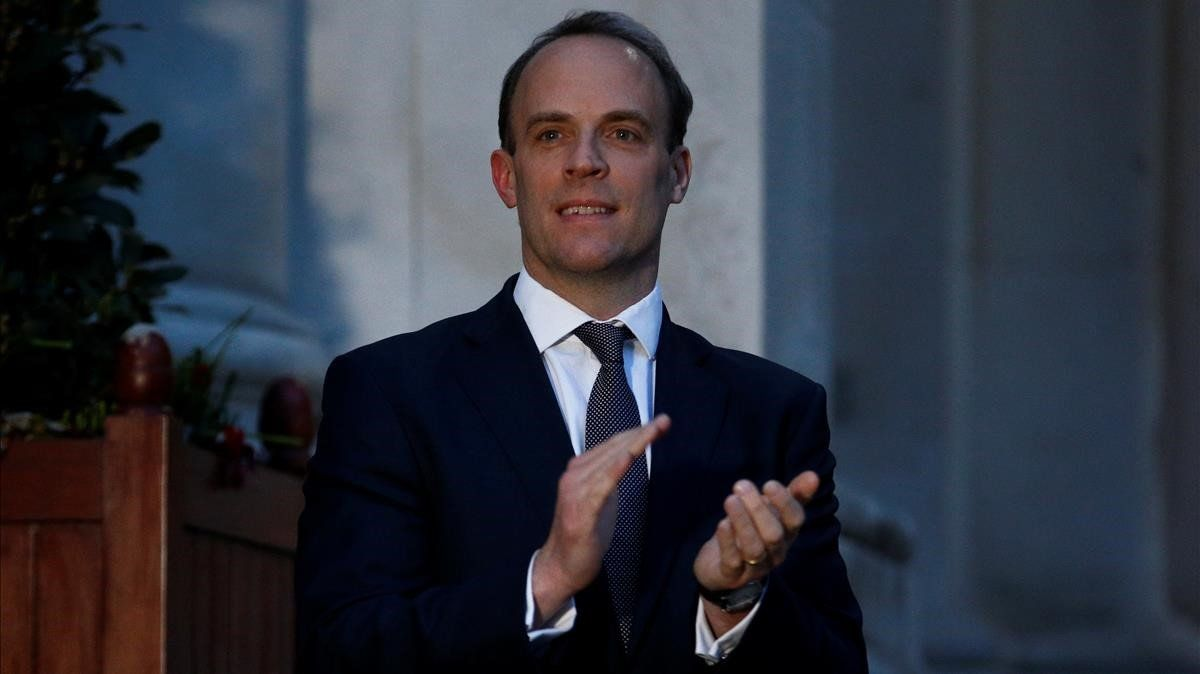 Dominic Raab: el pes ploma substitut temporal de Boris Johnson