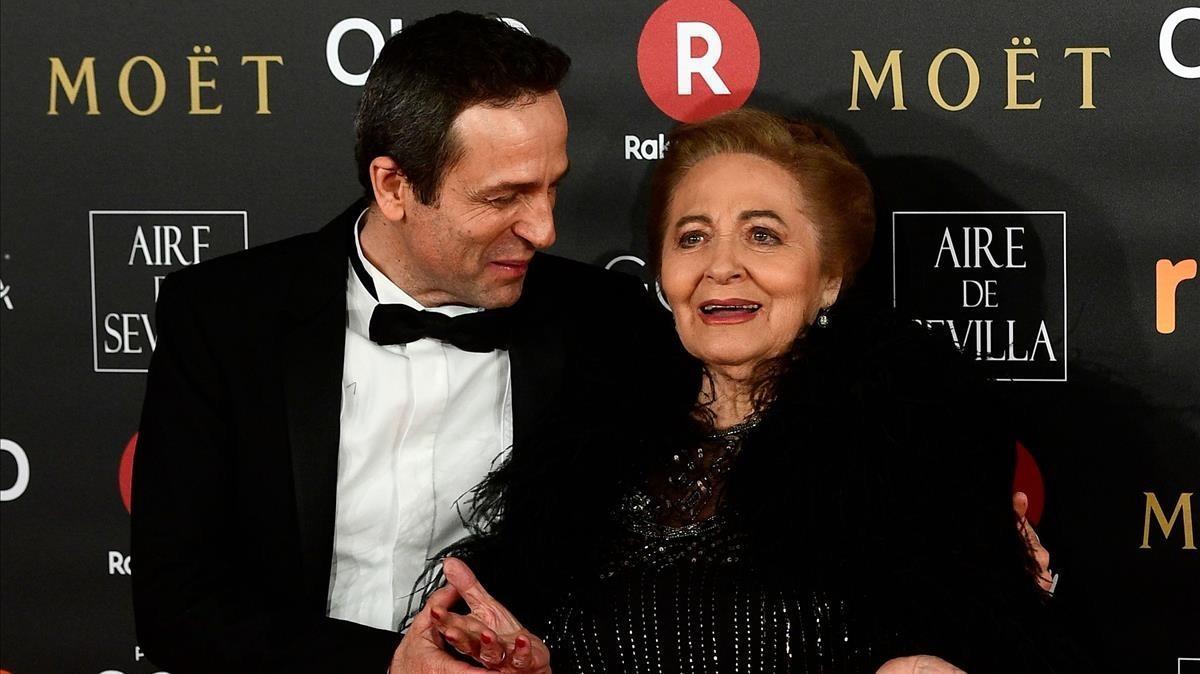 Premios Goya 2018. Gustavo Salmerón con su madre, Julita.