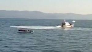 Grecia acusa a Turquía de remolcar botes con migrantes hasta aguas europeas.