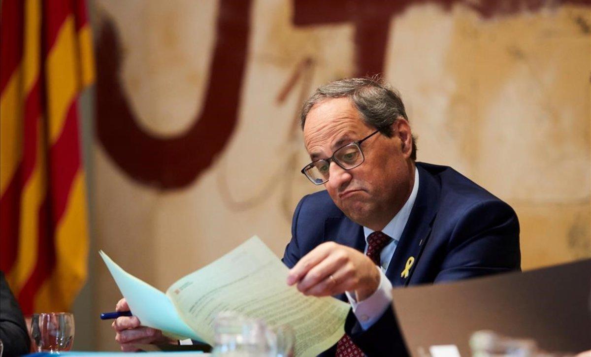 El presidente de la Generalitat, Quim Torra, en la reunión del Govern, este martes, en el Palau de la Generalitat