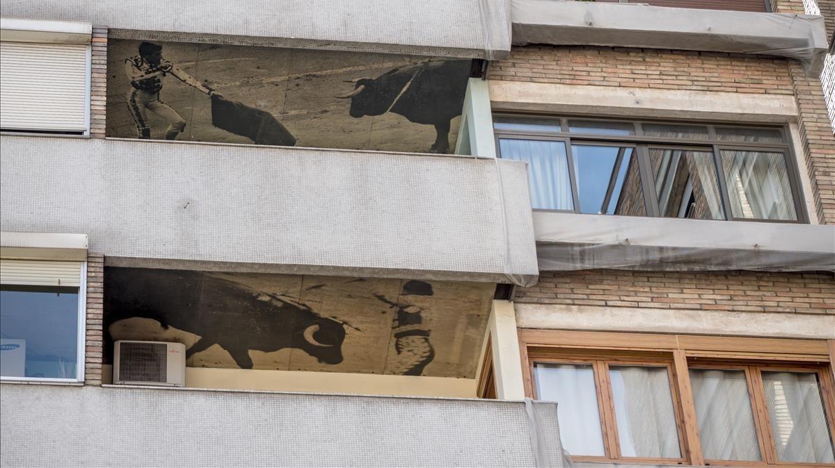 Amb els toros al balcó