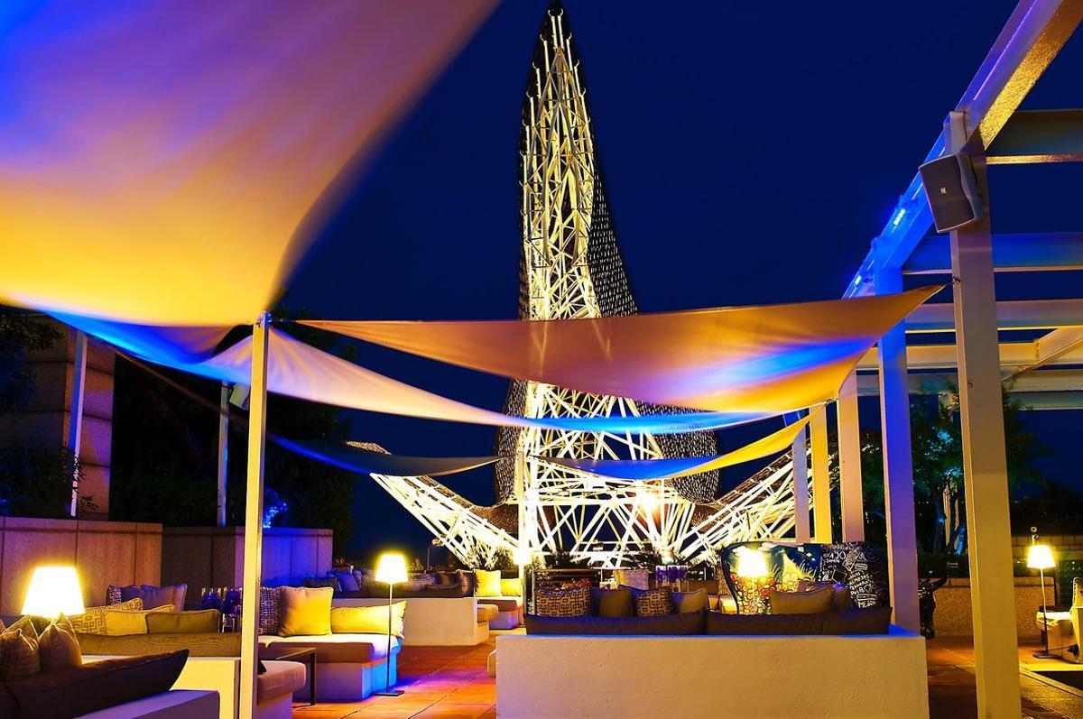 La espectacular terraza del Arts, uno de los hoteles de este evento.
