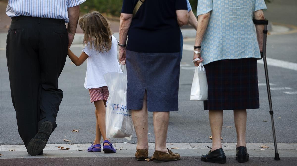 Los abuelos también tienen derecho de visita para ver a sus nietos en la UE