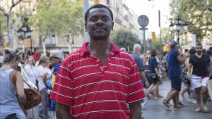 El escritor guineano Juan Tomás Ávila Laurel.