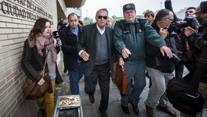 Carlos Fabra a su llegada a la Ciudad de la Justicia de Castellón.
