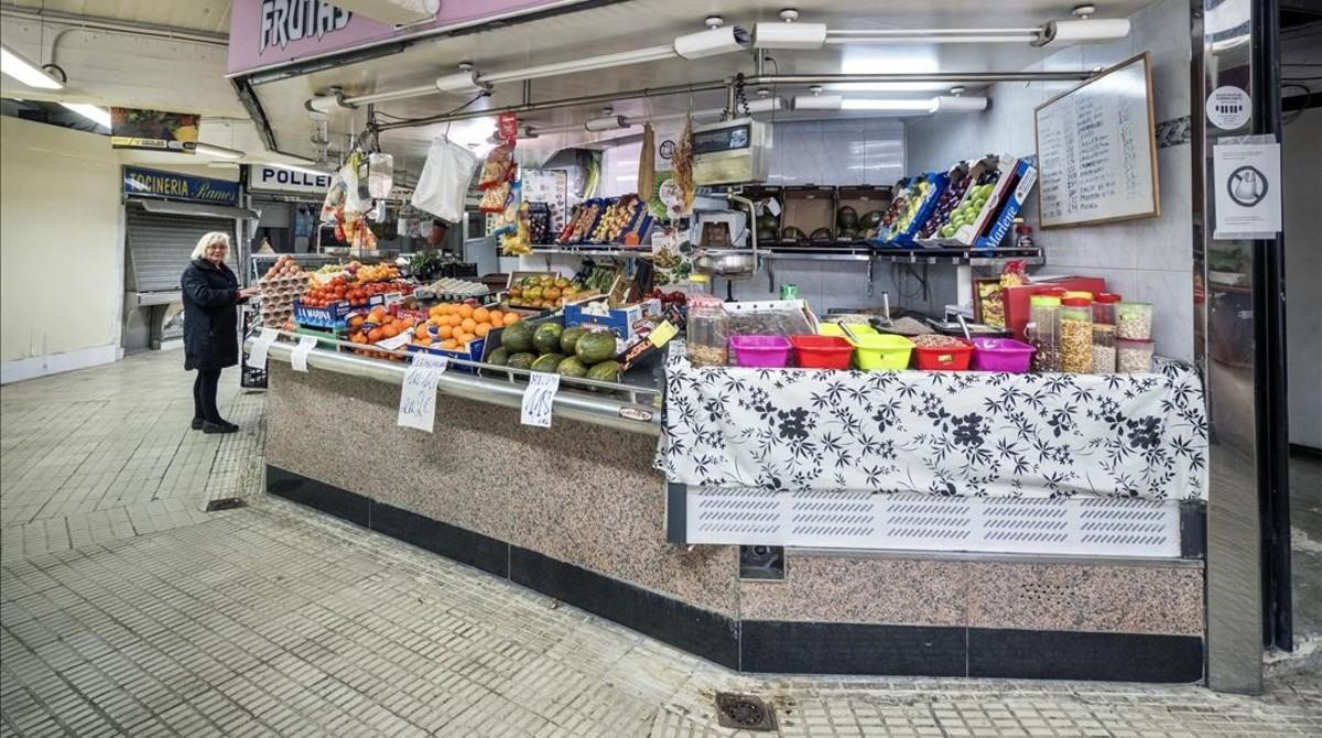 La última paradista del mercado de Núria, este lunes.