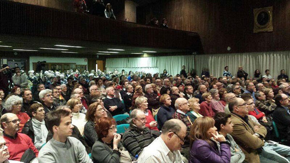 Aula Magna de la Facultad de Economía de la Universitat de Barcelona, este viernes, en la presentación de la ANC.