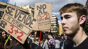 Primer embargament judicial per un préstec universitari a Espanya