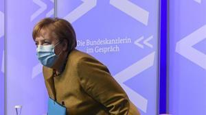 La cancillera alemana, Angela Merkel, en una reunión este lunes.