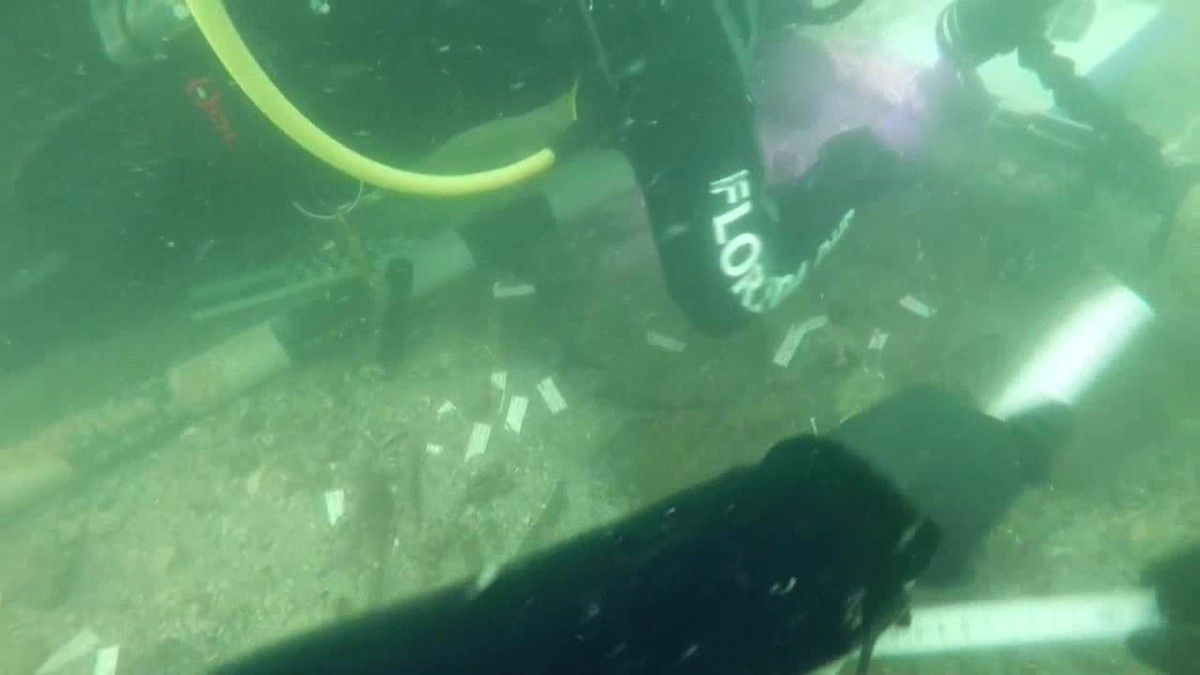 Las autoridades de Florida anunciaron hoy el hallazgo de un lugar de enterramiento de 7.000 años de antigüedad bajo las aguas del Golfo de México.