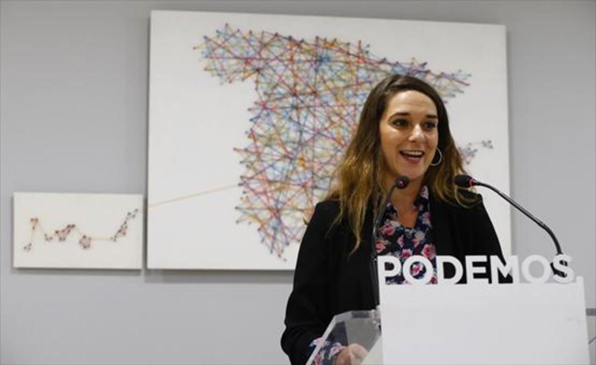 Noelia Vera, portavoz de Podemos, analiza anoche los resultados de Catalunya.