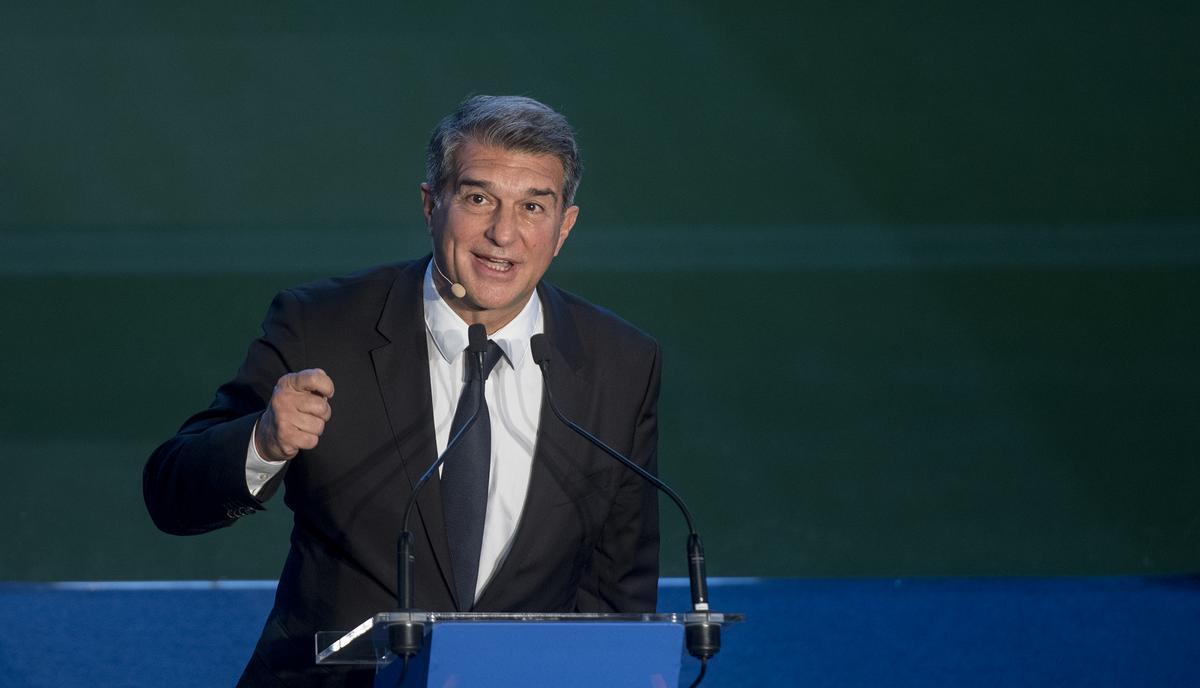 Laporta, en su discurso de investidura en el Camp Nou.