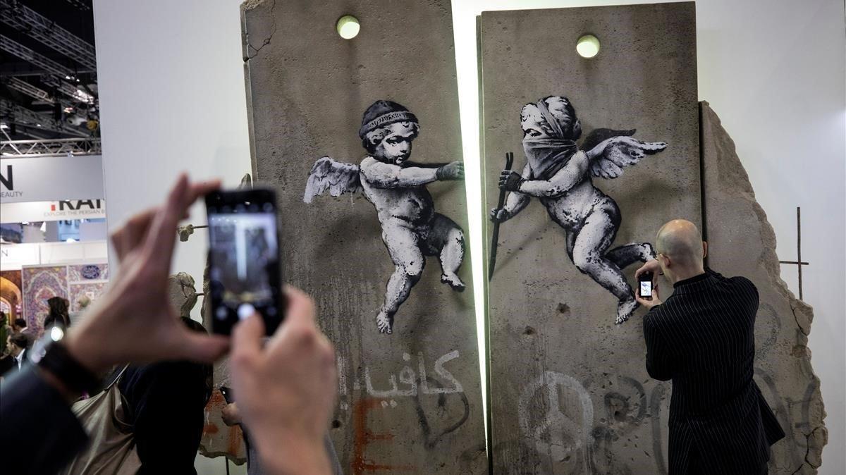 Réplica del muro de Palestina creada por Banksy para la feria World Travel de Londres.
