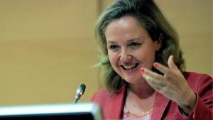 Nadia Calviño, tras las advertencias del Banco de España: Si una familia no llega a fin de mes no puede ahorrar.