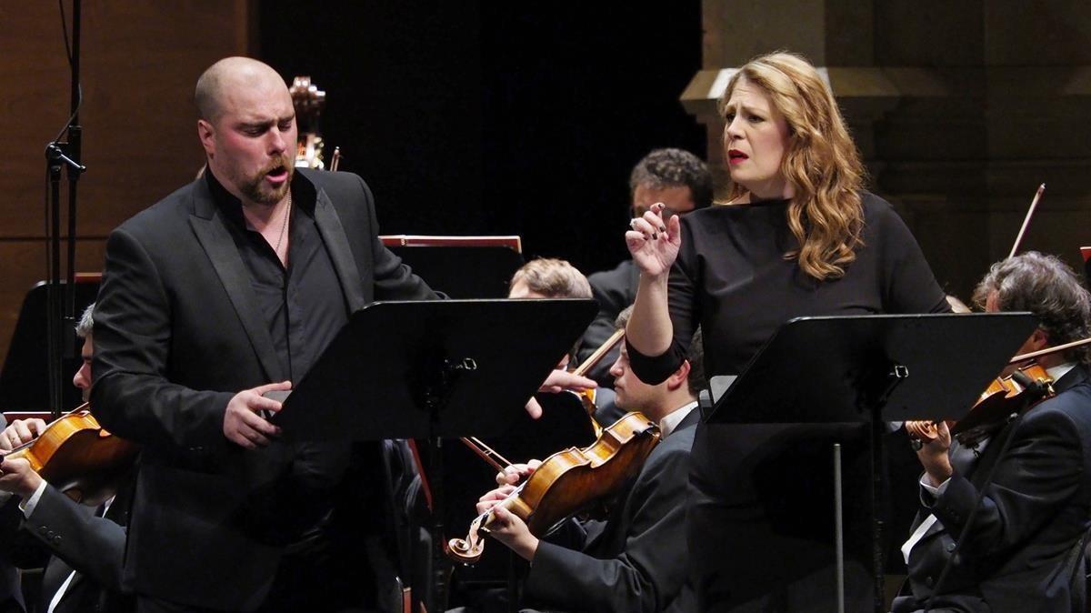 Sondra Radvanovsky y Gregory Kunde, interpretando 'Poliuto' en el Liceu