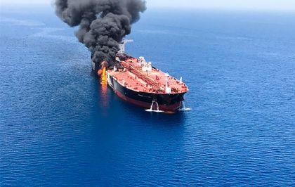 Golfo de Omán: Máxima tensión tras el ataque a dos petroleros   Directo