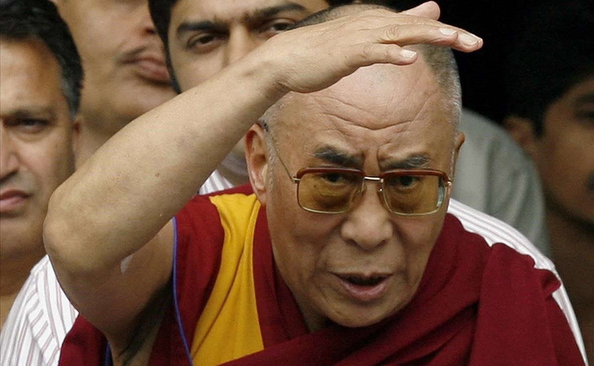Imagen del líder del budismo tibetano, el Dalai Lama, de 89 años.