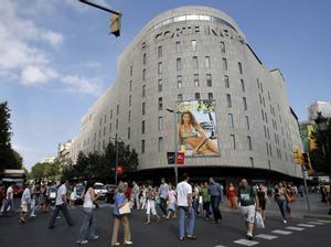El Corte Ingles de plaza de Cataluna en Barcelona, primera inversión de Zambal.